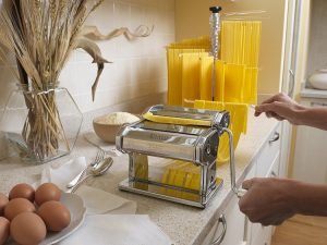 Atlas Wellness Pasta Machine