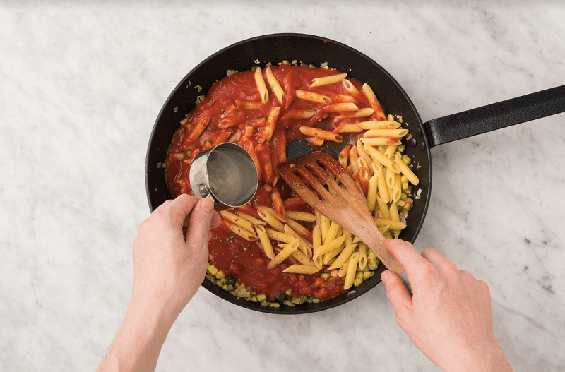 How to reheat pasta